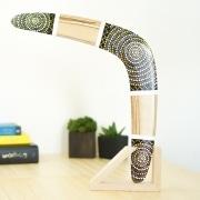 Bumerangas, laisvalaikio dovanos pagamintos iš medžio