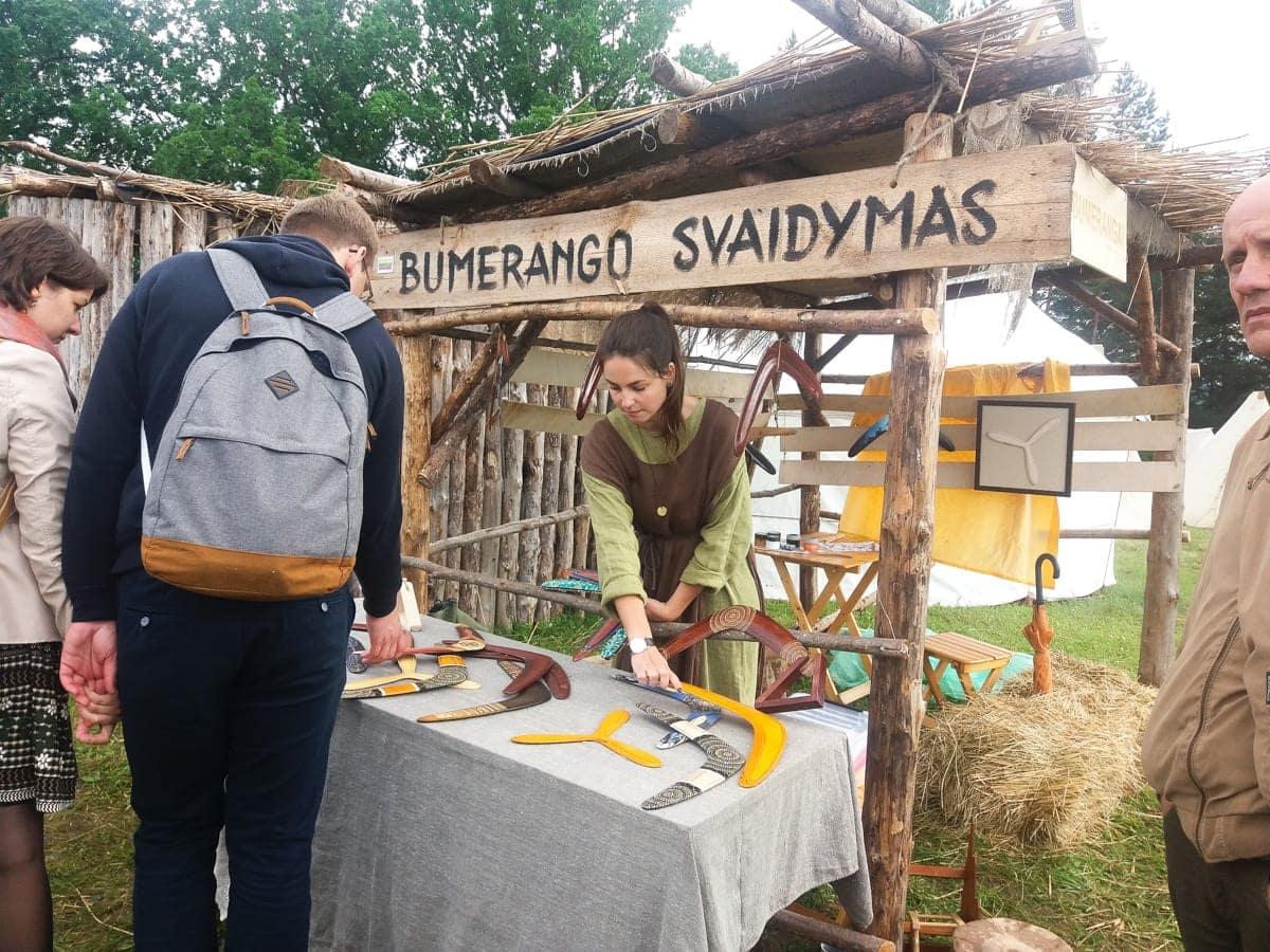 Kernavė, bumerangai, archeologijos dienos 2017
